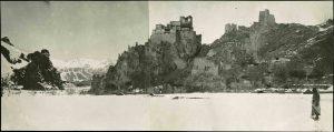 Il castello di Ciktan residenza dei vecchi raja dardi. Spedizione De Filippi nell'Himalaia, Caracorum e Turchestan Cinese (1913-1914)