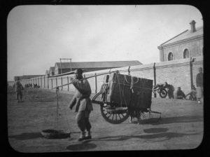Caserma italiana a Tientsin. Foto di Salvatore Minocchi, 1903