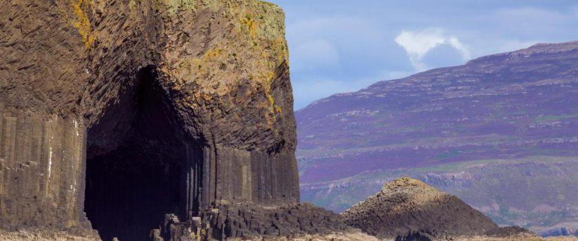 Alla scoperta della Grotta di Fingal