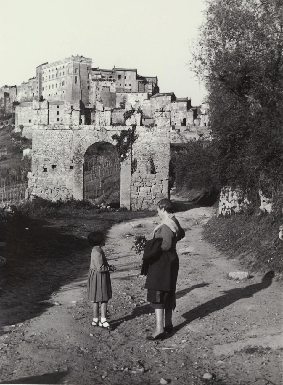 Mercoledì Fotografico –  Sguardo su Bomarzo. Viaggio nella Tuscia del secondo dopoguerra